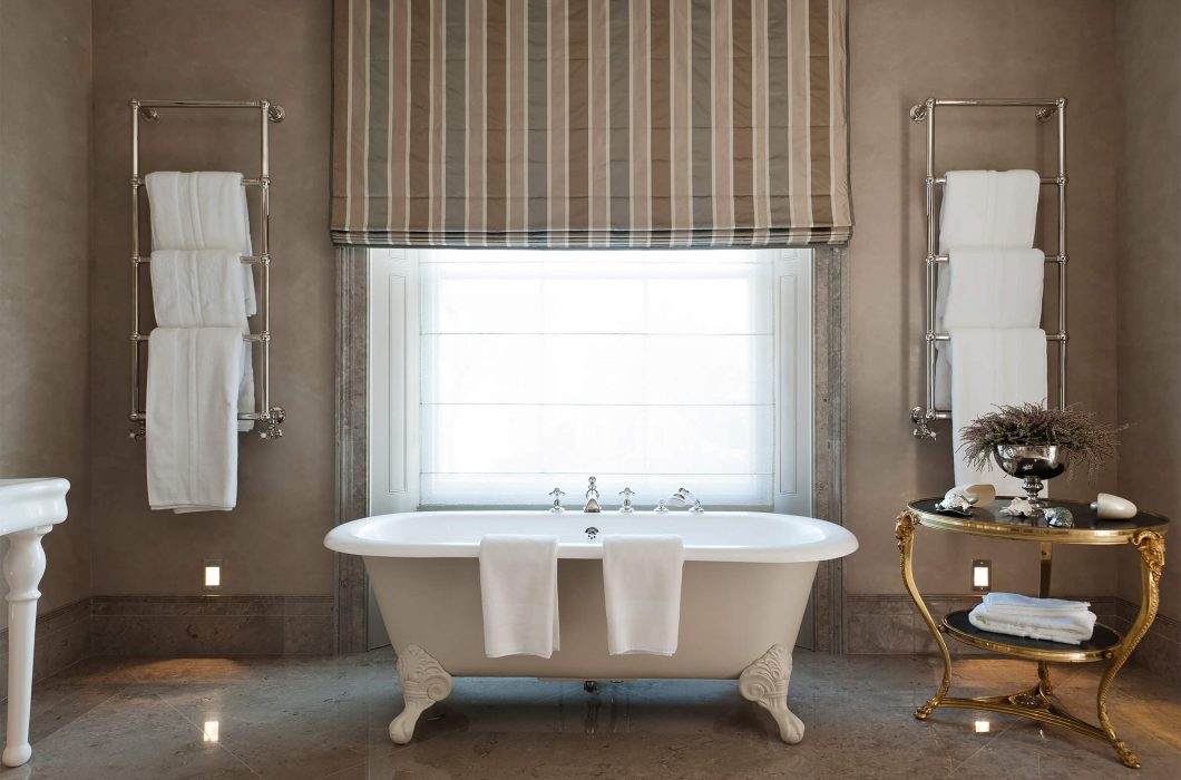 3.StudioIndigo_HollandParkI_bathroom