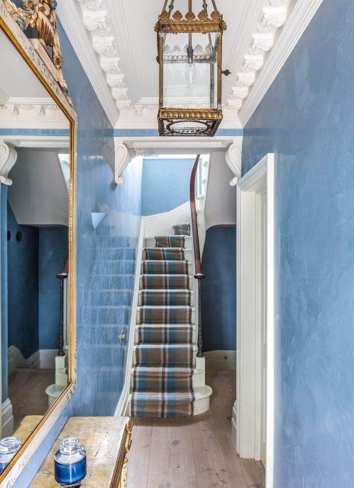 5.StudioIndigo_ListedTownhouse_entrancehall