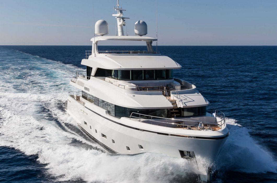 1_StudioIndigo_Yacht_Brigadoon